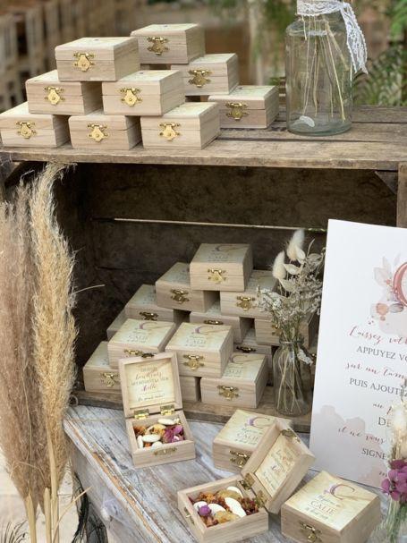 decoration table de mariage avec petites boites à dragées