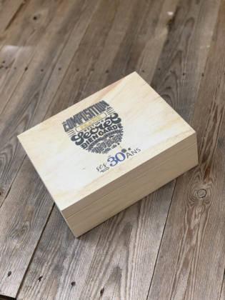 box cadeau témoin ricard fermée